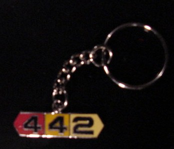 Olds 442 key chain